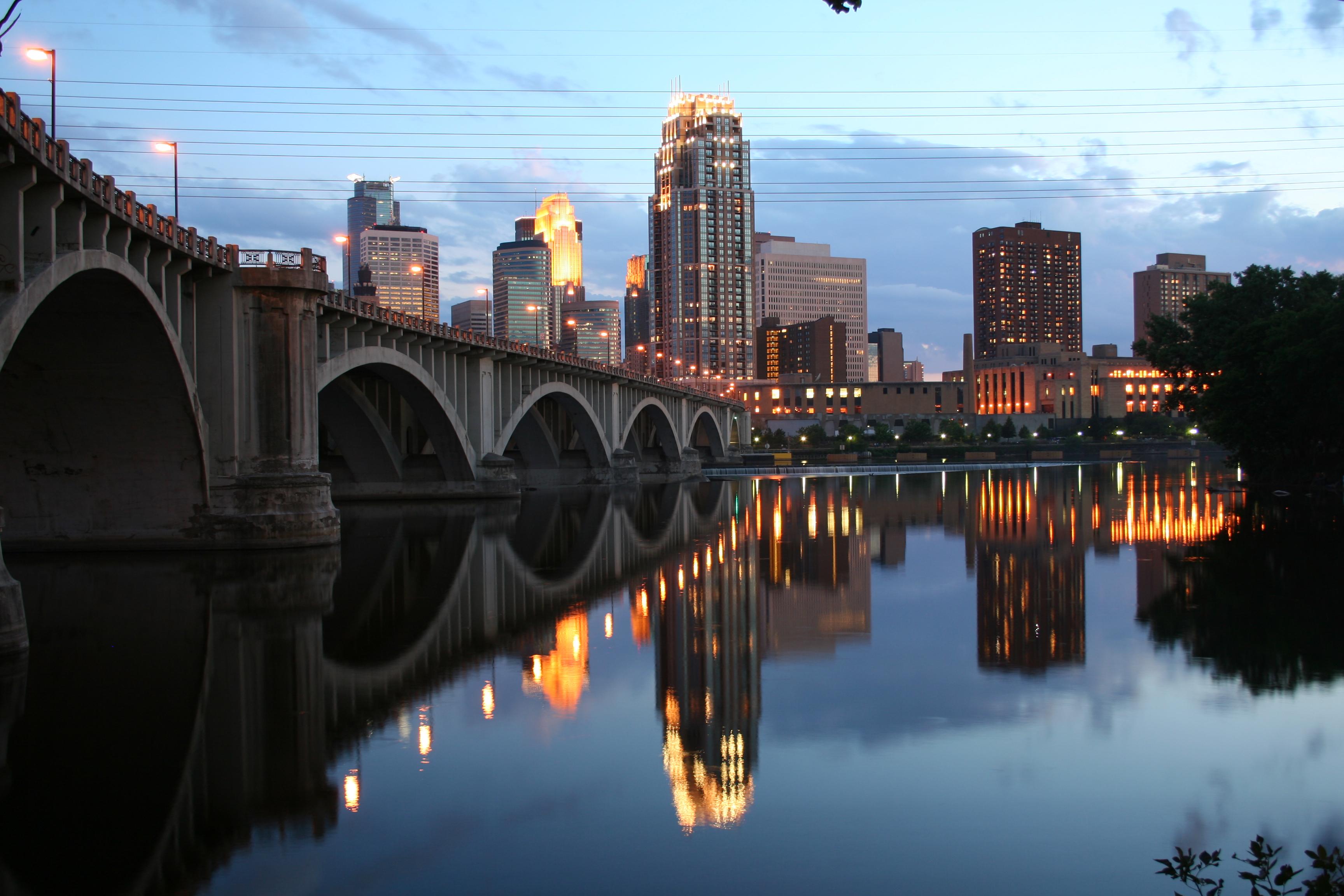 Minneapolis-Mississippi-20070704